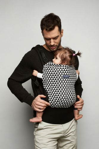 Zaffiro CARE ERGONOMIC BABY CARRIER (BLACK&WHITE)